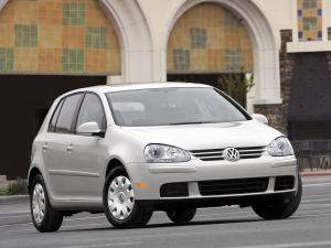 2006 Volkswagen Golf Rabbit 5-Door